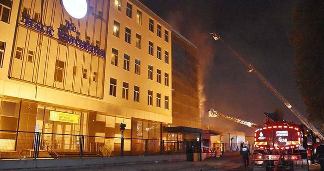 Haliç Üniversitesi'nde yangın