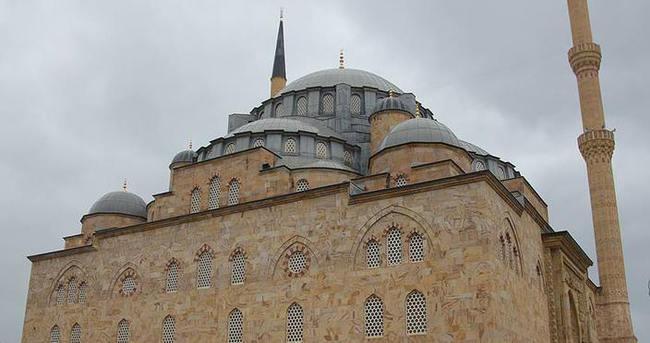 Yapımı 28 yıldır süren camide sona yaklaşıldı