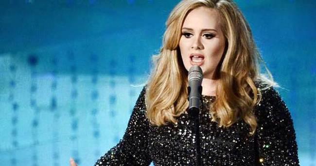 Adele hayatının şokunu yaşadı!