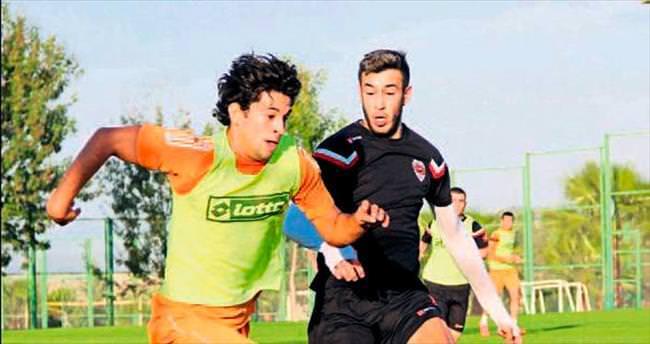 Adanaspor Bolu'ya kilitlendi