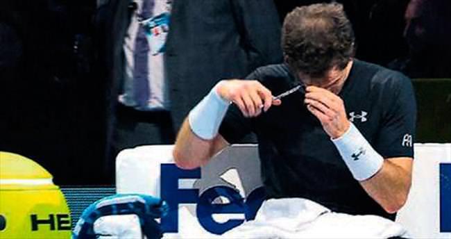 Murray maçta saç kesti