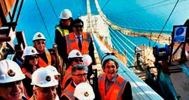 Başkanlar köprüden periscope'la yayın yaptı