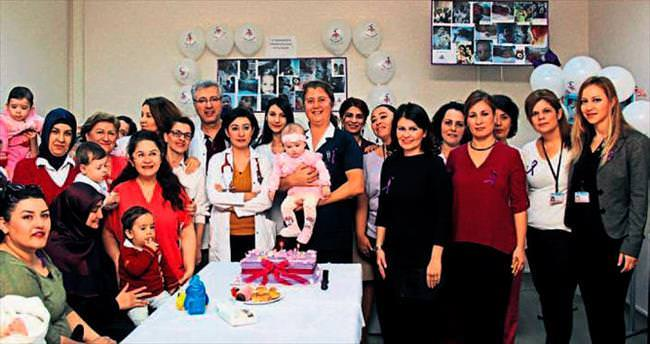Prematüre Günü'nü bebeklerle kutladılar