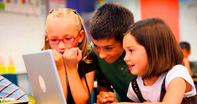 Bilgisayar başı çocukları kalp hastası adayı