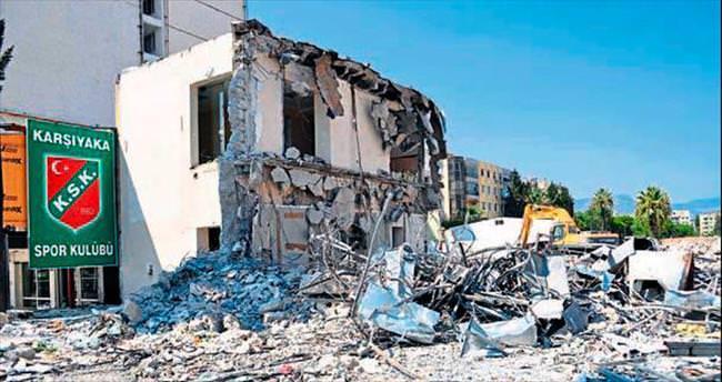 Alsancak Stadı'na Büyükşehir engeli