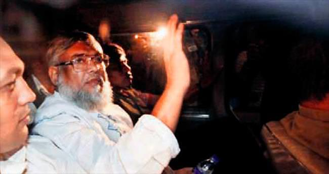 Bangladeş'te iki idam daha