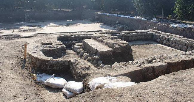 Hatay'da 6. yüzyıla ait kilise bulundu