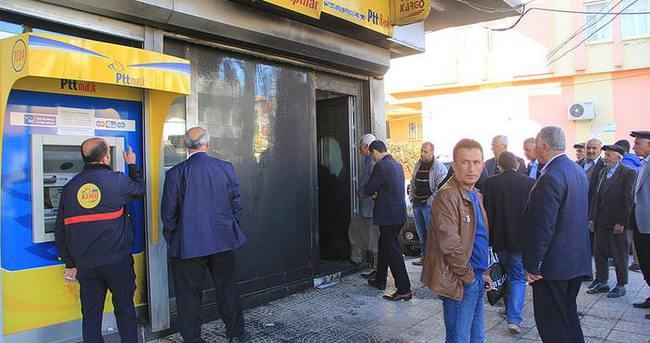 Adıyaman'da PTT binasına molotoflu saldırı