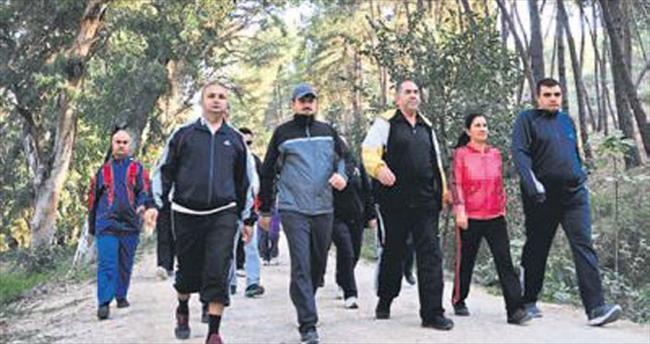 Adliye personeli sağlıklı yaşam yürüyüşü yaptı