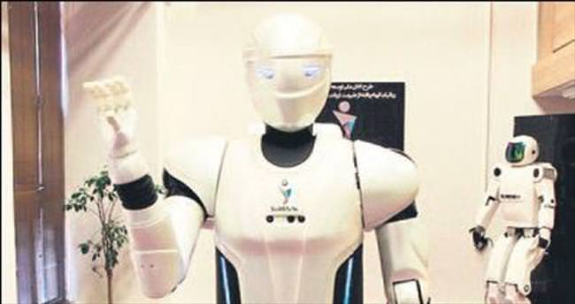Farsça bilen robot