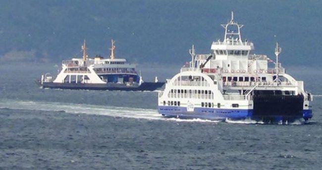 Feribot, yolcularıyla denizin ortasında kaldı