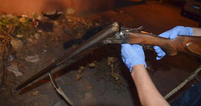 Sevgilisini döven ağabeyini av tüfeği ile öldürdü
