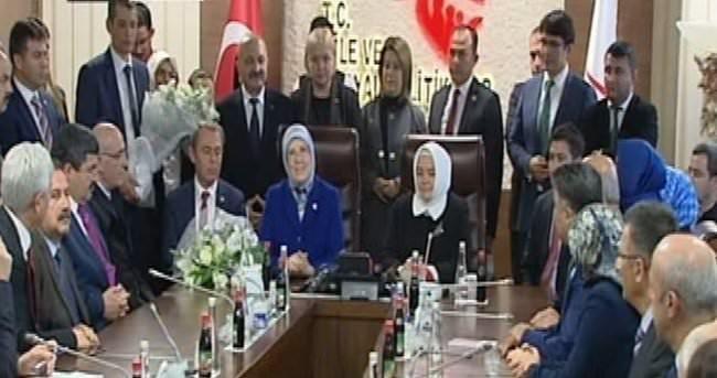 Sema Ramazanoğlu Aile Bakanlığı görevini devraldı
