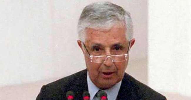 Eski Devlet Bakanı İnan vefat etti