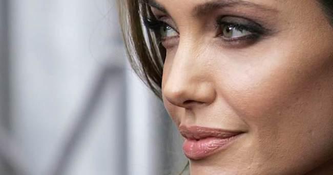 Angelina Jolie'den ilginç açıklama!