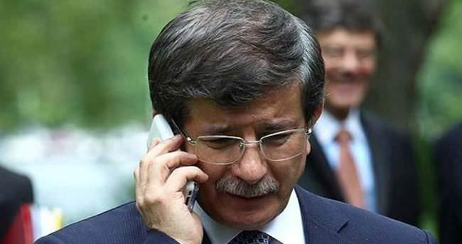 Davutoğlu Merkel'le telefonda görüştü