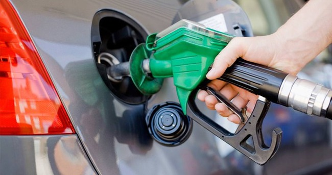 Benzin fiyatlarına zam!