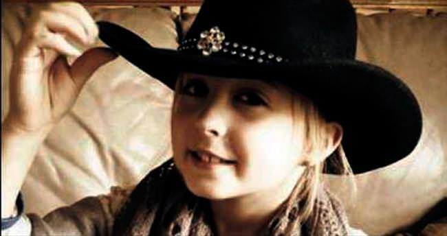 8 yaşındaki kız göğüs kanserine yakalandı