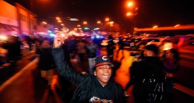 Chicago'da 'polis cinayeti' isyanı