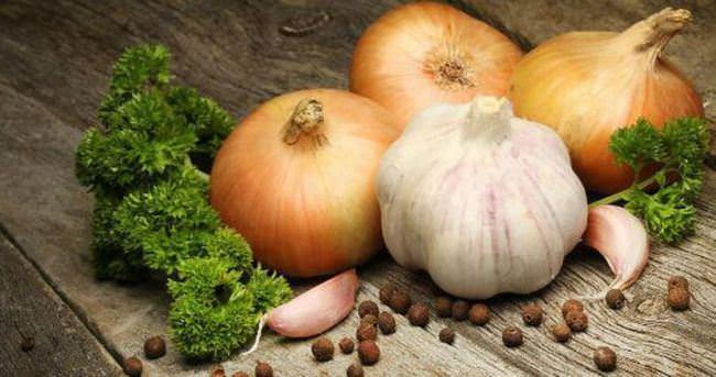 Soğan ve sarımsak tüketmeniz için bir neden daha