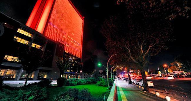 Kadına şiddete karşı 'turuncu bina'