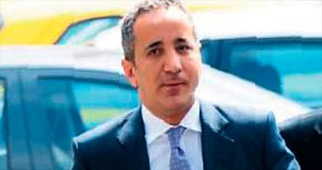 Savcı Fikret Seçen'e yurtdışına çıkış yasağı