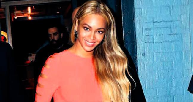 Giyinirken Beyonce'den ilham alın