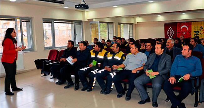 PTT'cilere 'Etkili İletişim' eğitimi
