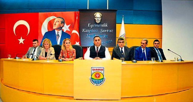 Başkan Can, personelinden güler yüzlü olmalarını istedi