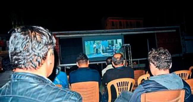 Demreli Ömer'in ilk sinema keyfi