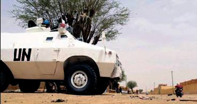 Mali'de BM üssü roketle vuruldu