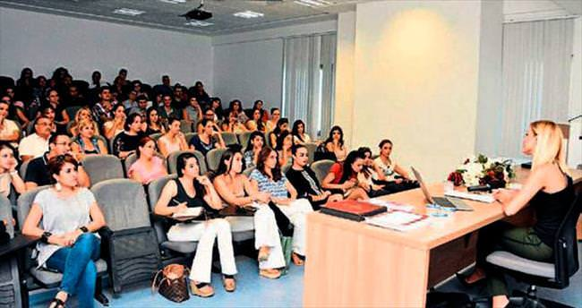 YDÜ'de davranış semineri