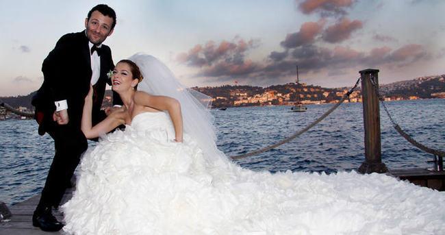 Ünlü çifte düğün şoku!