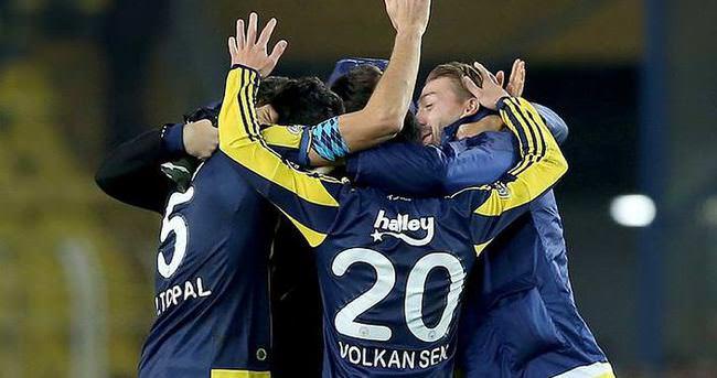 Fenerbahçe, liderliğe uzandı