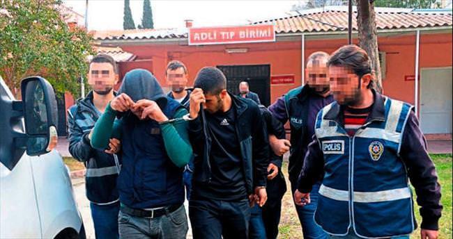Adana polisinden sokak satıcılarına operasyon