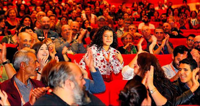 Festivalin minik yıldızı Pınar