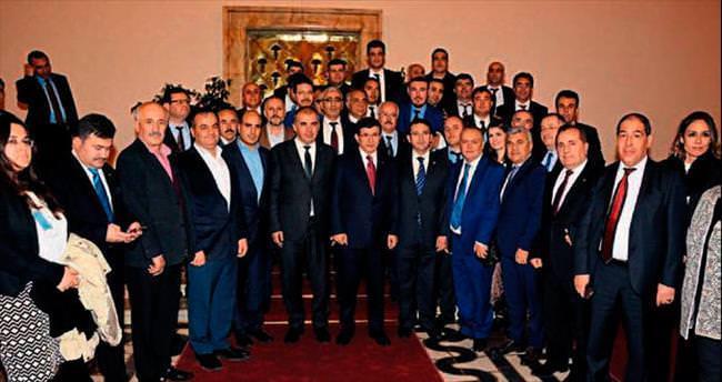 Başbakan Davutoğlu ayda iki gün İzmir'de