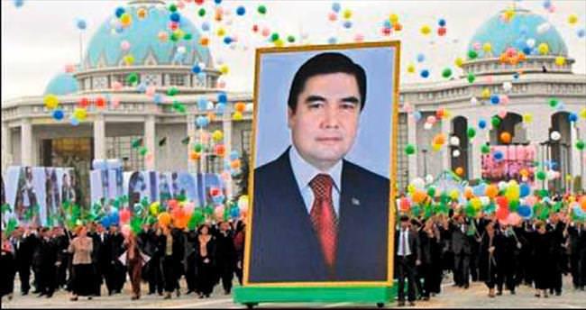 4 bin Türkmenlik koro rekor kırdı