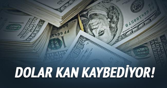 Dolar, TL karşısında düşüşünü sürdürüyor