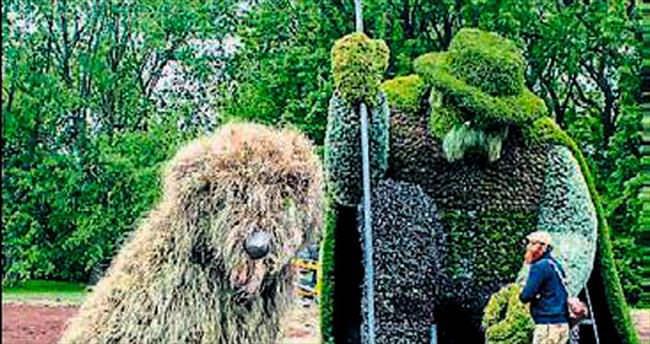Bitki heykelleri Kanada basınında