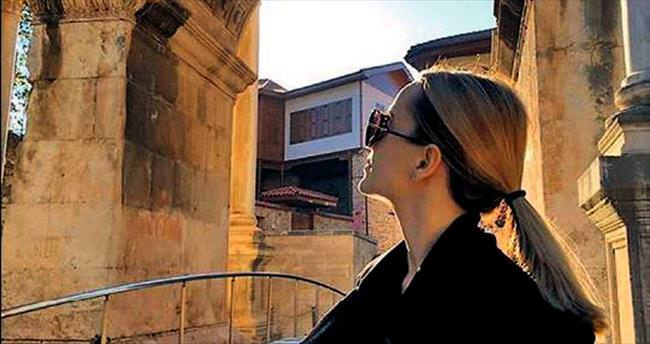 Mena Suvari'nin Antalya turu