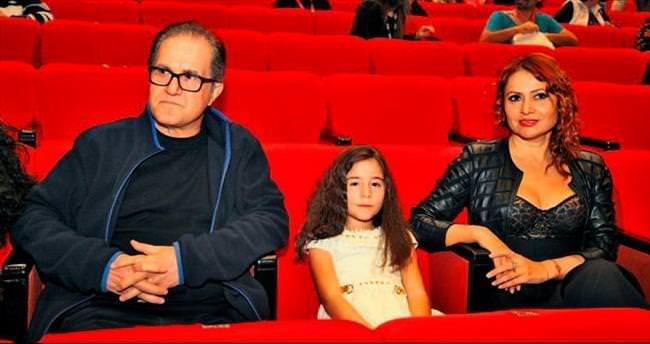 Vargı'nın gözleri film izlemekten rahatsızlandı
