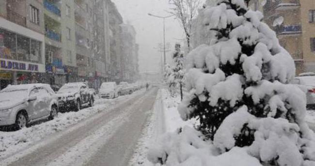 Bitlis'te okullar tatil edildi!