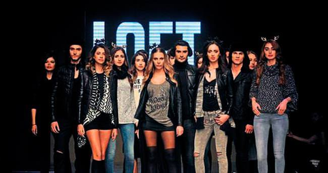 İzmir Fashion Week üç defile ile başladı