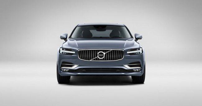Volvo'nun lüks sedanı S90 görücüye çıktı
