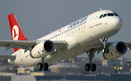 THY uçağı pistte köpeğe çarptı!