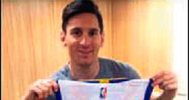 Curry'den Messi'ye formalı kutlama