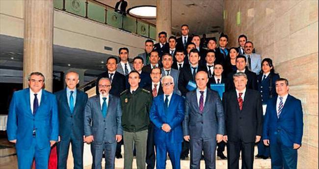 Mersin'de 24 polise Arapça eğitim verildi