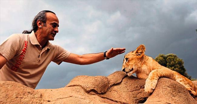 Doğadaki tüm canlılarla eşit büyüklükte ve önemdeyiz