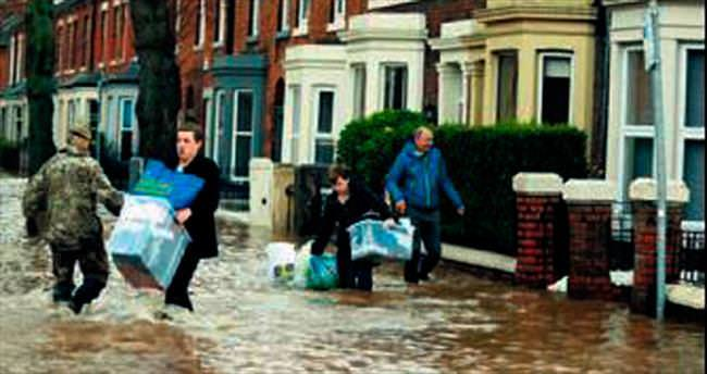 İngiltere'de sel alarmı